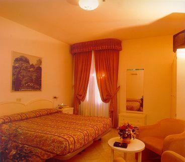 Hotel La Torre & Appartamenti Il Giardino